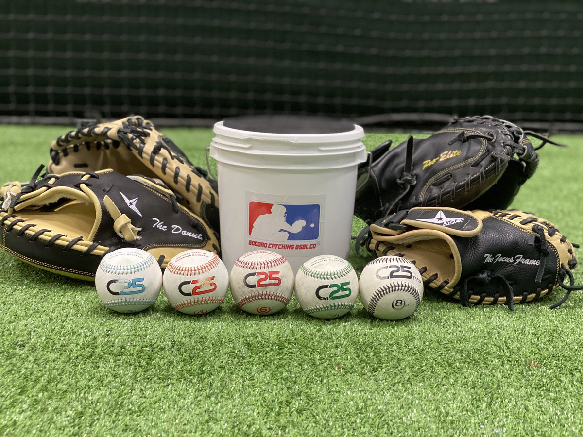 Getting some great work in this morning with @C25Products.   Also s/o to our great friends @ALLSTARSPORTS.   #catchers #catching https://t.co/X4qLgo4nMV