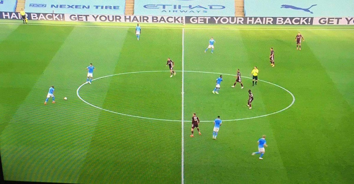 The advertising boards at the Etihad Stadium sending a personal message to Pep Guardiola 😂😭😂 https://t.co/dq4hH51cn4