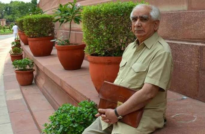 #JaswantSingh was a valuable asset to the peace of both neighbours. May his soul rest in peace  #Jinnah #India_Partition_Independence  #IndoPak #Peace @ManvendraJasol https://t.co/86M7CsLQ53