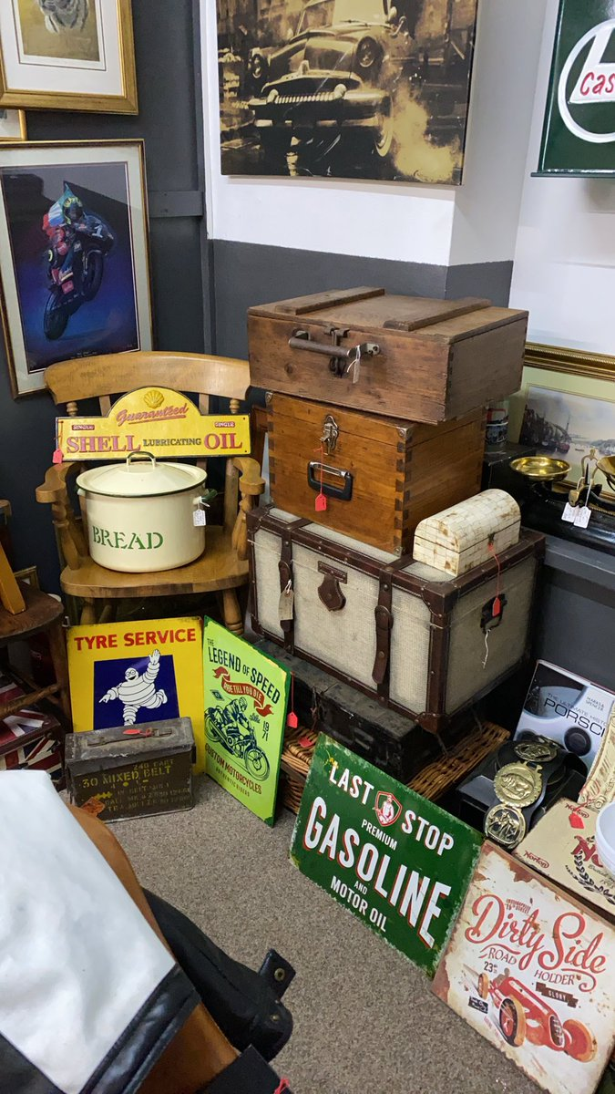 Enjoy your Sunday evening and if you haven't looked then we have a website https://t.co/7ETIS127HE jammed packed with current stock. #antiqueswebsite #shelloil #michelinman #mancave #womencave #astraantiquescentre #hemswell #lincolnshire https://t.co/haxAiEtTmm