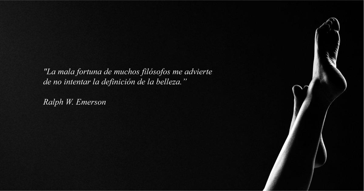 """""""La mala fortuna de muchos filósofos me advierte de no intentar la definición de la belleza."""" Ralph W. Emerson  #cirugia #cirugiaestetica #medicinaestetica #herrerojovermedicos #belleza https://t.co/92XPccx2zw"""