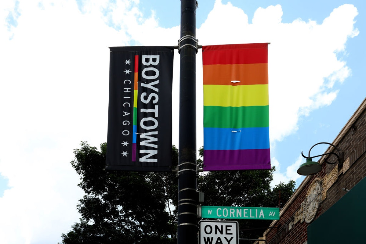 Chicago Renames Iconic LGBTQ 'Boystown' Neighborhood Over Concerns Name Was Not Inclusive Of Women, Non-Binary https://t.co/eIXTWtNX3S https://t.co/MRJjZB5GGK