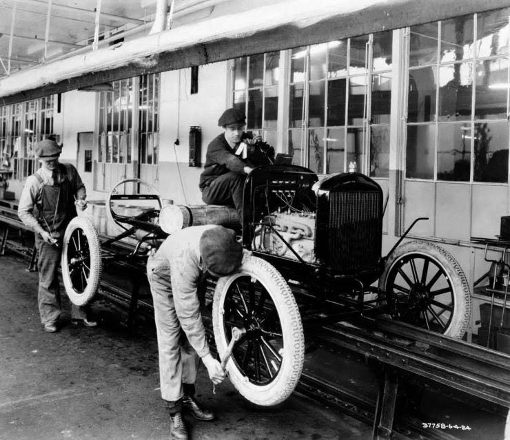 RT @OaklandHistory: #OnThisDay in Oakland County history in 1908, Ford's first Model T leaves the plant; many early Model T bodies were made in Pontiac. #Oak200 @MichiganHist https://t.co/sHJq6xaITo #BlackTwitter