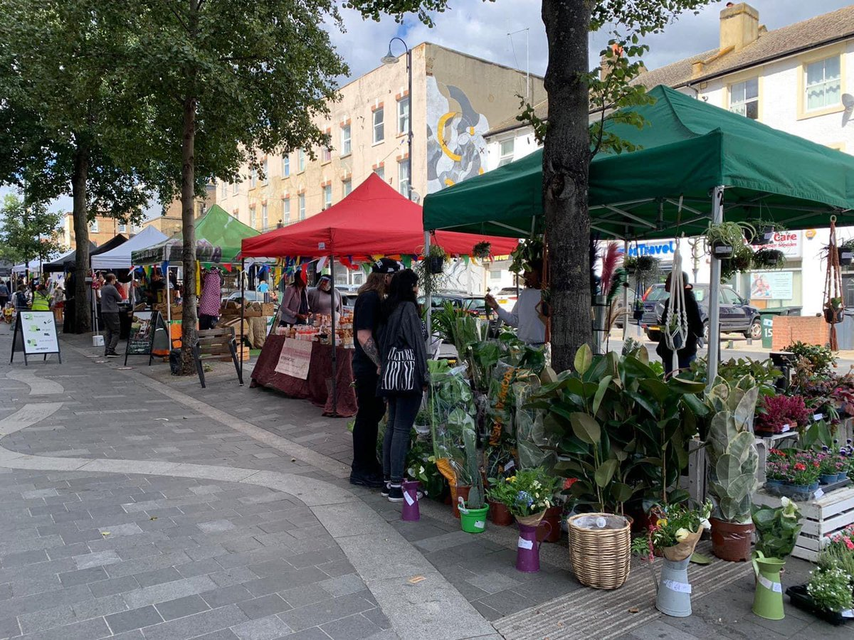 There is less than a week until our next market! Join us on Saturday 3 Oct 10am-4pm and enjoy a lovely selection of stalls by independent local traders, designers and makers #supportlocal #weloveSE25 https://t.co/n9afrPnuGq