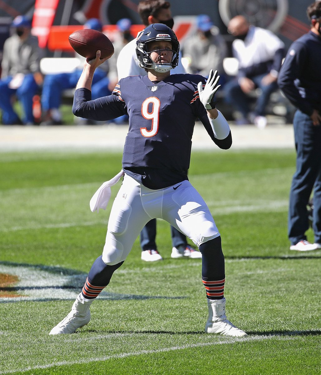 Foles had 3 TDs in the 4Q to lead the Bears in an epic comeback win 😳  Bears have their QB1?