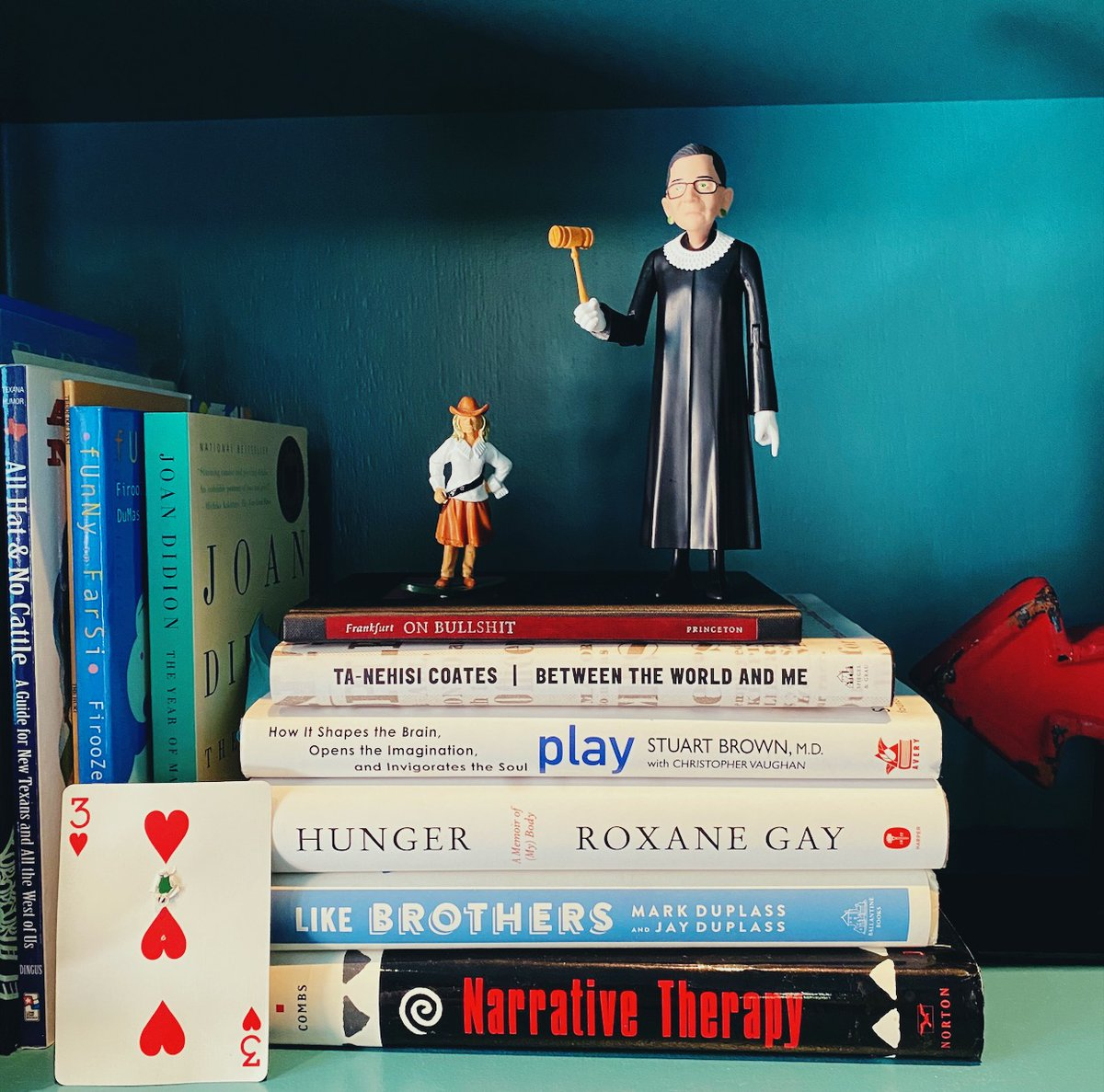 This snapshot from my bookshelf captures the spirit of this week's #UnlockingUs podcast:   RBG + dissent.  Why the 6 month wall sucks so bad. How play can recharge us  A @TedLasso hug.  PS The playlist for this week is a peek into my soul.   https://t.co/ZP5J9K7Jlu https://t.co/BNnfsXmVo9