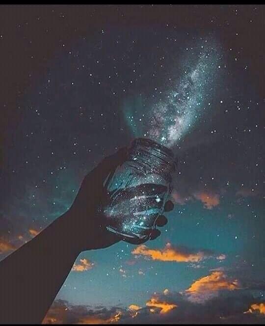 Haz de tu vida un sueño, y de ese sueño una realidad. Feliz noche mi Universo Azul 🌎✨🌙💫🌟 https://t.co/g0Tfgk88yy