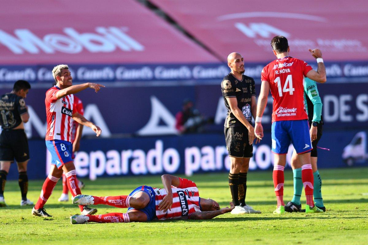 ¡El Atlético es un desastre! El San Luis cae ante León y se hunde en el fondo de la general   La crónica: https://t.co/9kehToGpCo #AlMomento #AtléticoDeSanLuis #ADSL #SanLuisPotosí #León https://t.co/gVdsAXi56k