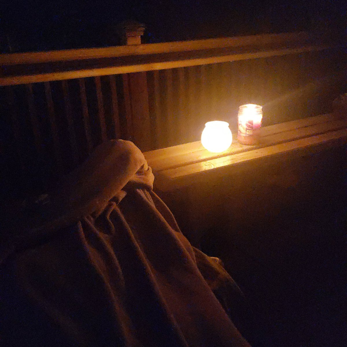 Audiobook, candles, and a cool fall night on the front porch. #teacherlife #love #porchlife #reading https://t.co/XHofsQpjIf