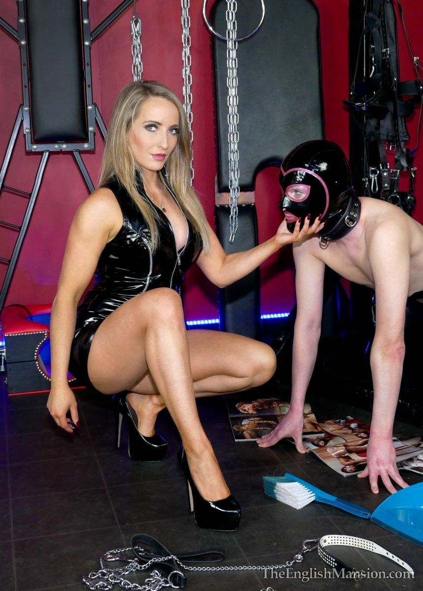 Domestic slaves that get caught lazing around looking at naughty pics - will get a sore caned bottom from the strict but totally gorgeous@MissCourtneyM https://t.co/rM1Hd6U1Ao