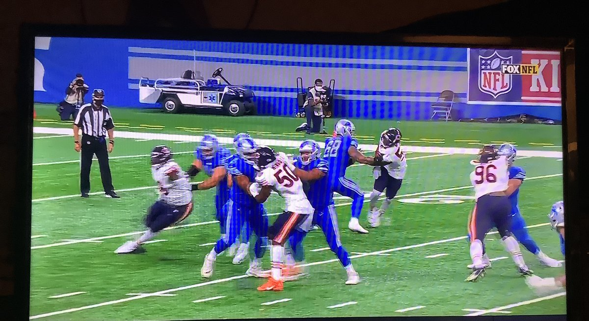 Two Matts #Nagy #Patricia coaching average teams. #Trubisky reliance on 2 small #Cohen and #Montgomery bc he cant throw & is given little time by his line. #Lions QB since 2009, #MattStafford, pedestrian showing as always in this loss to another middling team. #DaBears #Chicago https://t.co/IKPY4kS73L