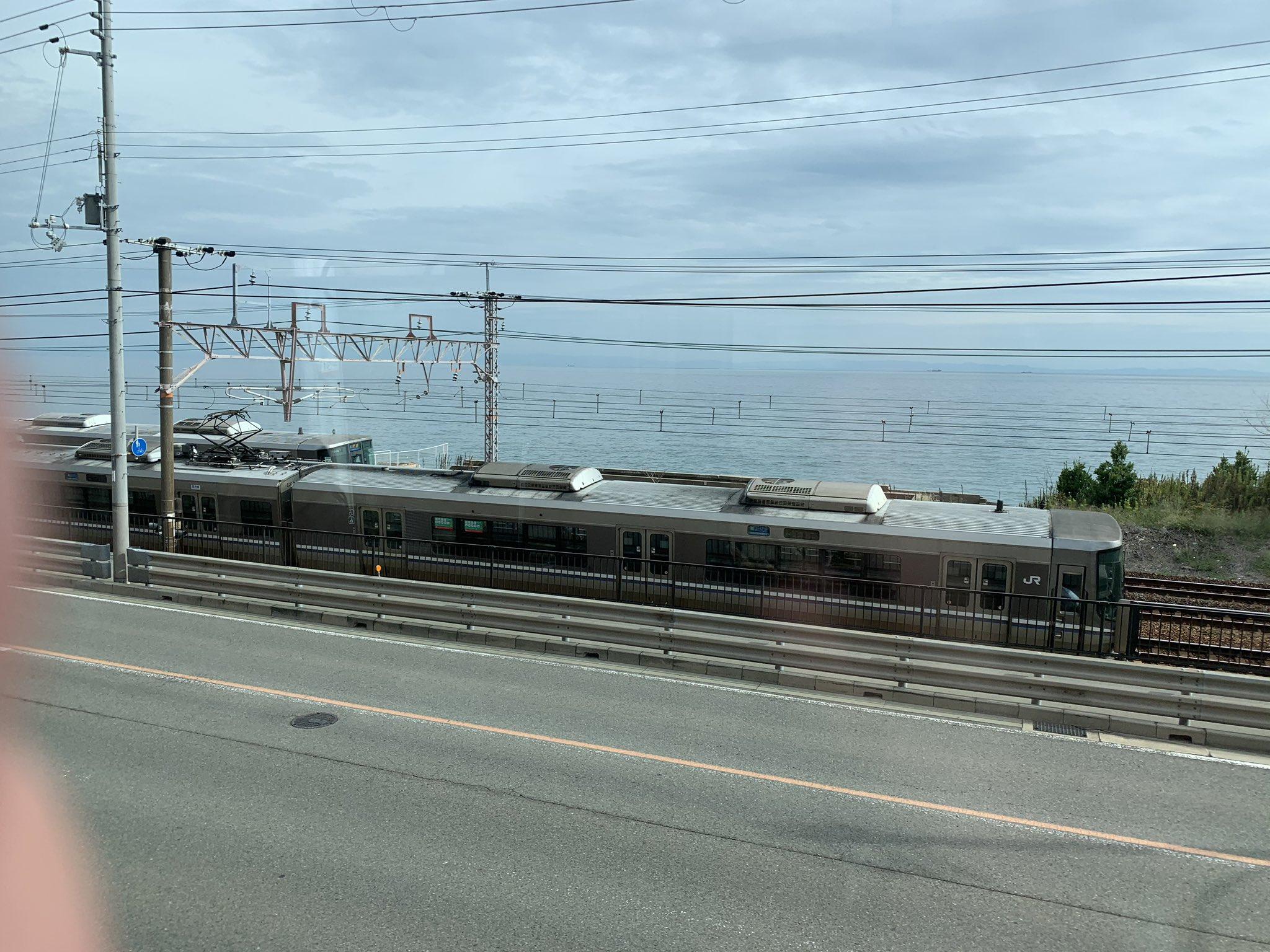 画像,須磨ー塩谷間 列車抑止中と思われる https://t.co/BqkfNNeIHl https://t.co/fGnQJQrmB9…