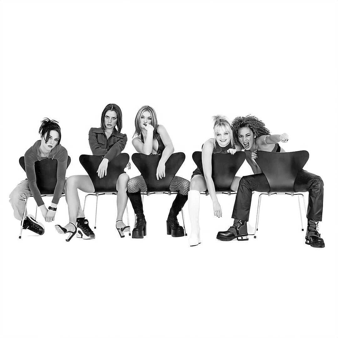 Do you still remember, how we used to be 🎵❤️ https://t.co/oWJpWlHDzi #spicegirls #spice #wannabe #girlpower #spicegirlsreunion #posh #poshspice @SpiceGirlsCL @spicegirls https://t.co/TwO3g7Mi5B