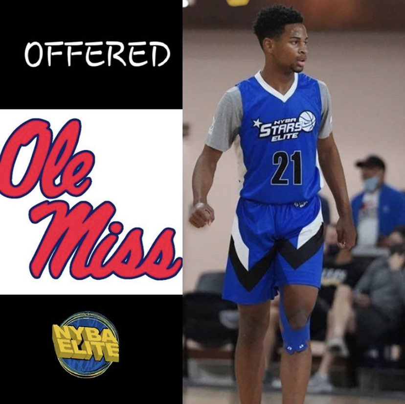 Blessed to receive my first SEC offer from Ole Miss University❤️💙 @NYBABasketball @OleMissMBB https://t.co/DbvaDVArcg