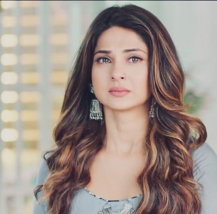 Bepanah Hashtag On Twitter .outfits in bepanah,jennifer winget in jeans,jennifer winget in western outfit,college lookbook inspired by jennifer winget,jennifer winget photoshoot,jennifer winget lookbook,jennifer winget look alike,jennifer winget dress collection,jennifer winget dressing style #jenniferwinget. bepanah hashtag on twitter