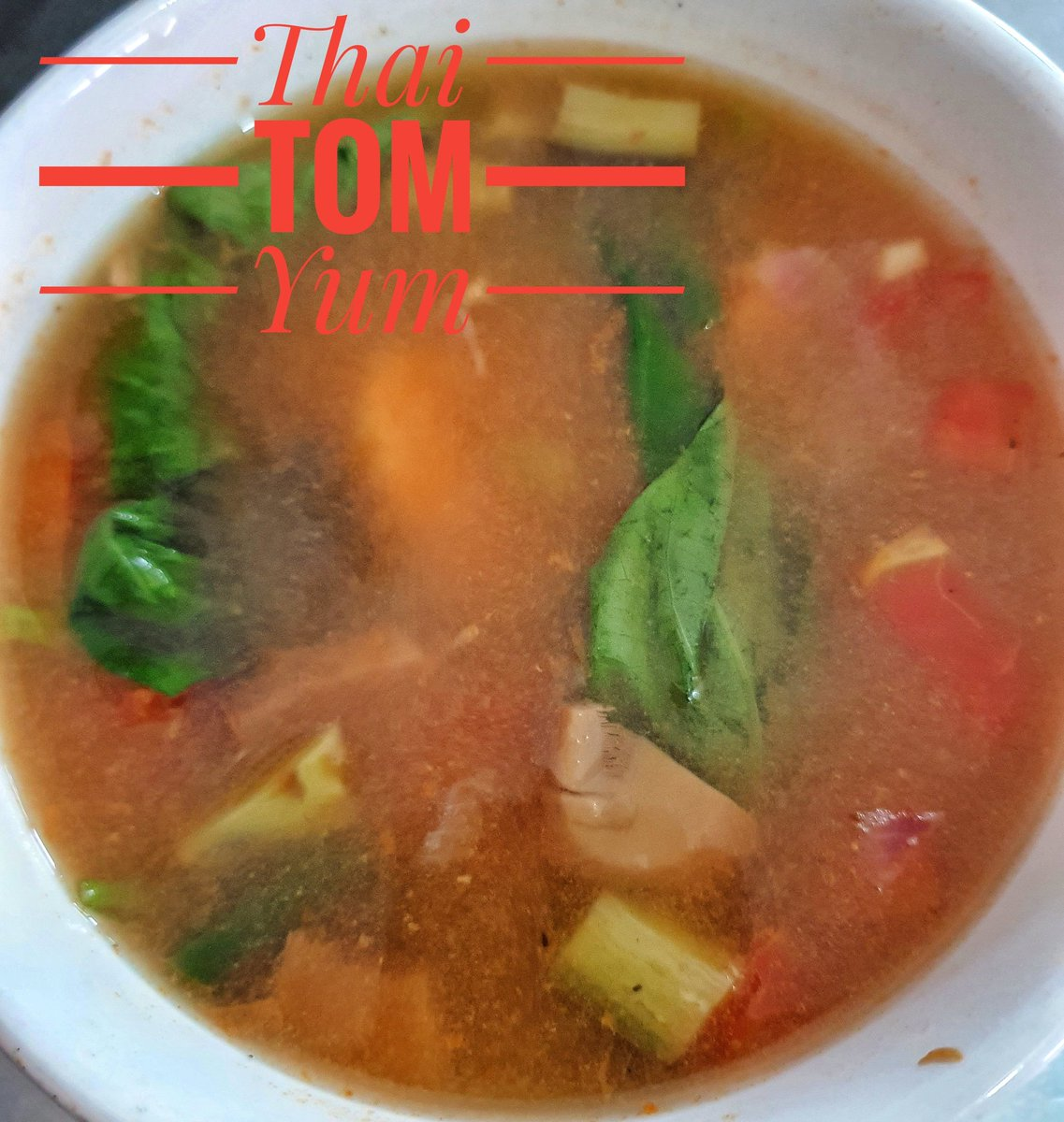 Thai Tom Yum, a spicy soup filled with flavors from thailand.  #TomYum #ThaiSoup #tomyumgoong  #menu #eats #nomnom #happyTummy #myfav  #lunchdate #eatclean #Restaurant  #Artcafe https://t.co/A3a0ceCDO7