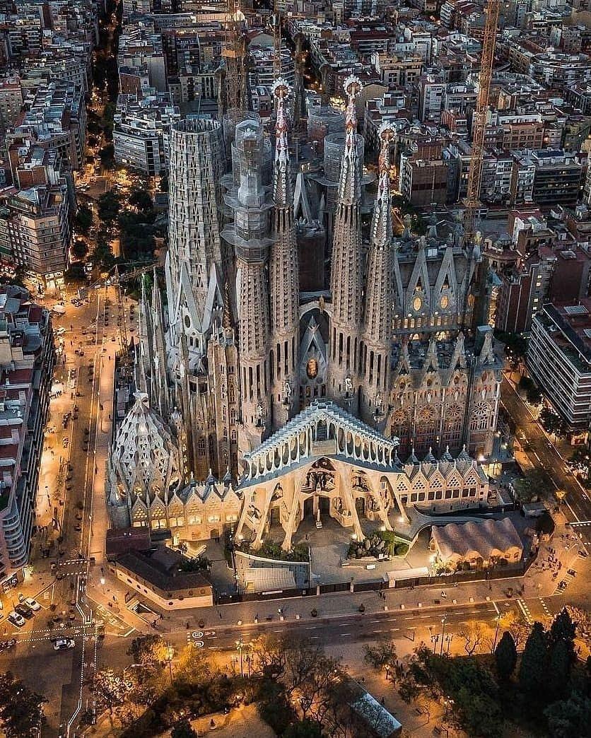 Sagrada Familia in Barcelona. https://t.co/03r344f9N6