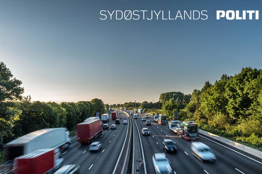 Med en europæisk kampagnedag, sættes der i dag fokus på undgå trafikdrab på europas veje. Ret opmærksomheden mod trafikken, vis hensyn og overhold trafikreglerne – både som gående, cyklist og bilist, så er du med til at øge trafiksikkerheden i dag og generelt. Tak #politidk https://t.co/7qqkbTexIm