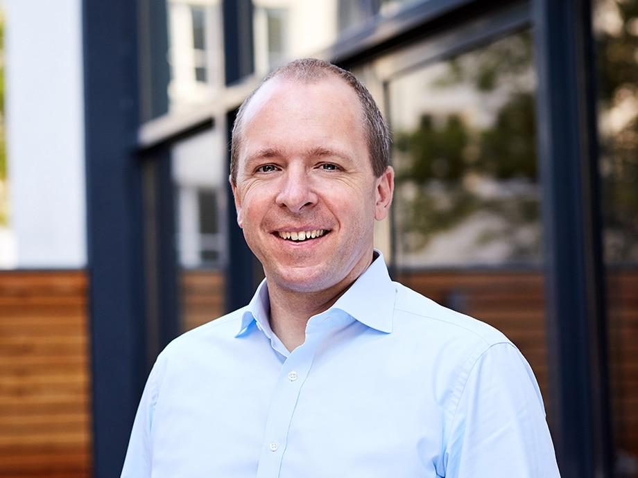 Die #AgileHR #Unconference vom 24. September wird mit einem Input von André Häusling von @hrpioneers_com  starten, Autor des Buchs «Der Weg zur agilen HR-Organisation».  Bist du auch dabei am #Online #Event?  https://t.co/HwmWos5t5g https://t.co/SawZJCrQjS