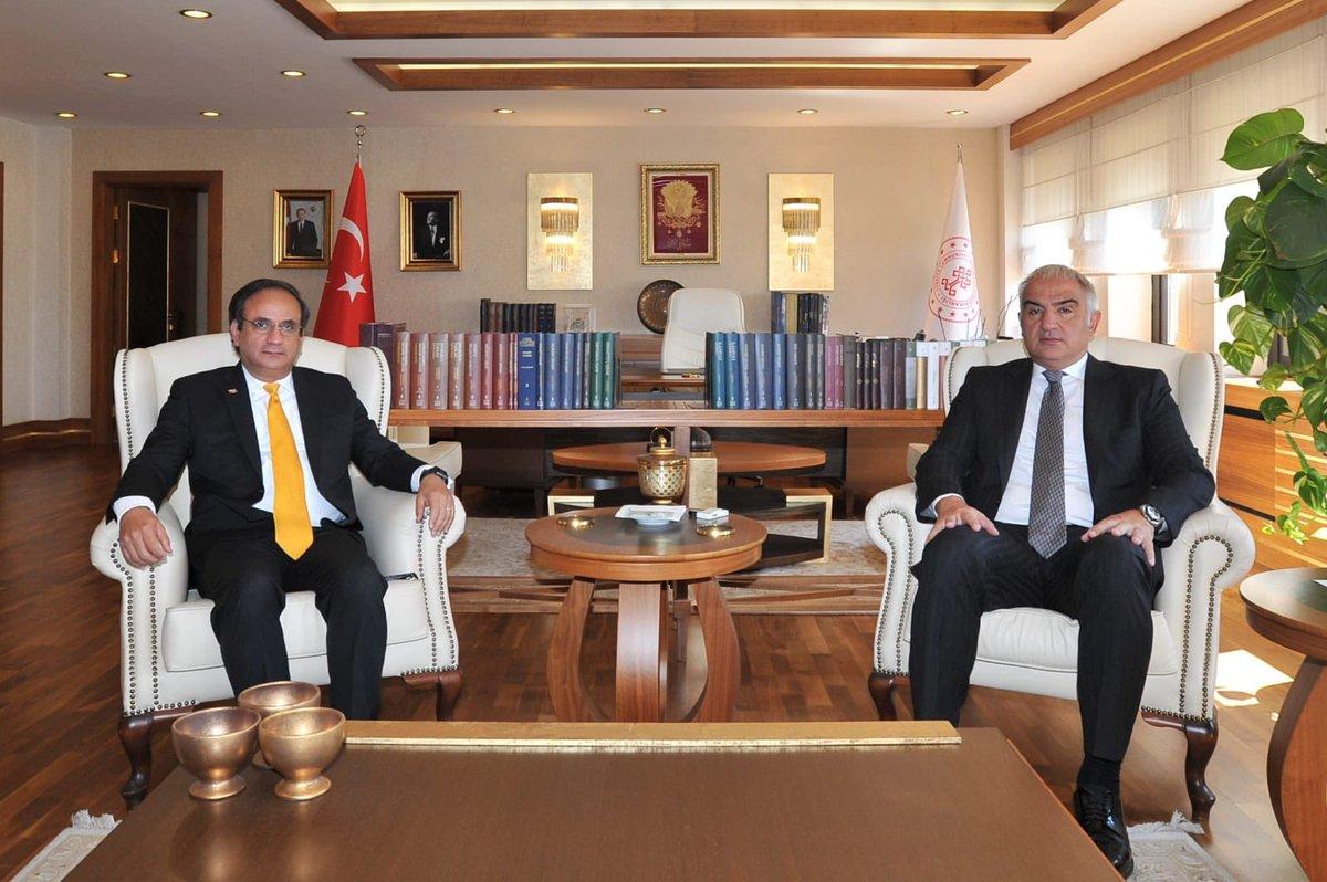 Dominik Cumhuriyeti Ankara Büyükelçisi Sayın Elías Rafael Serulle Tavárez'e ziyaretleri için teşekkür ediyorum. https://t.co/dptvVeQkyg