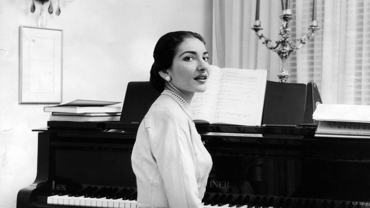 Today marks the anniversary of Maria Callas's death, #onthisday in 1977 💐  The great legacy of La Divina lives on through countless recordings, immortalizing the power and artistry of her voice. Revel in some of her most dramatic performances: https://t.co/R5LX6ByoH0 https://t.co/92QdFvq8HA