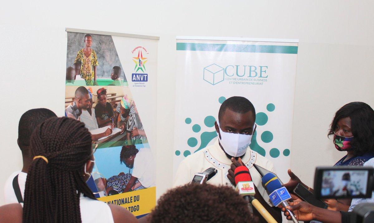 Formation des volontaires nationaux de l'ANVT par #CUBE sur les techniques et outils de création et de gestion d'entreprise à Lomé-Atakpamé-Kara #BusinesModel #BusinessPlan #TechniquesdeLevéedeFonds... #CUBE #AGAU #ANVT   Plus d'infos sur nos activités : https://t.co/p7S3zIXfr4 https://t.co/p1DXICABG6