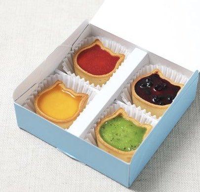 """9月22日より、ねこの形のチーズケーキ専門店「ねこねこチーズケーキ」から、""""ちびねこ""""をモチーフにした「ちびねこチーズケーキ 4個アソート」が新発売されます✨"""