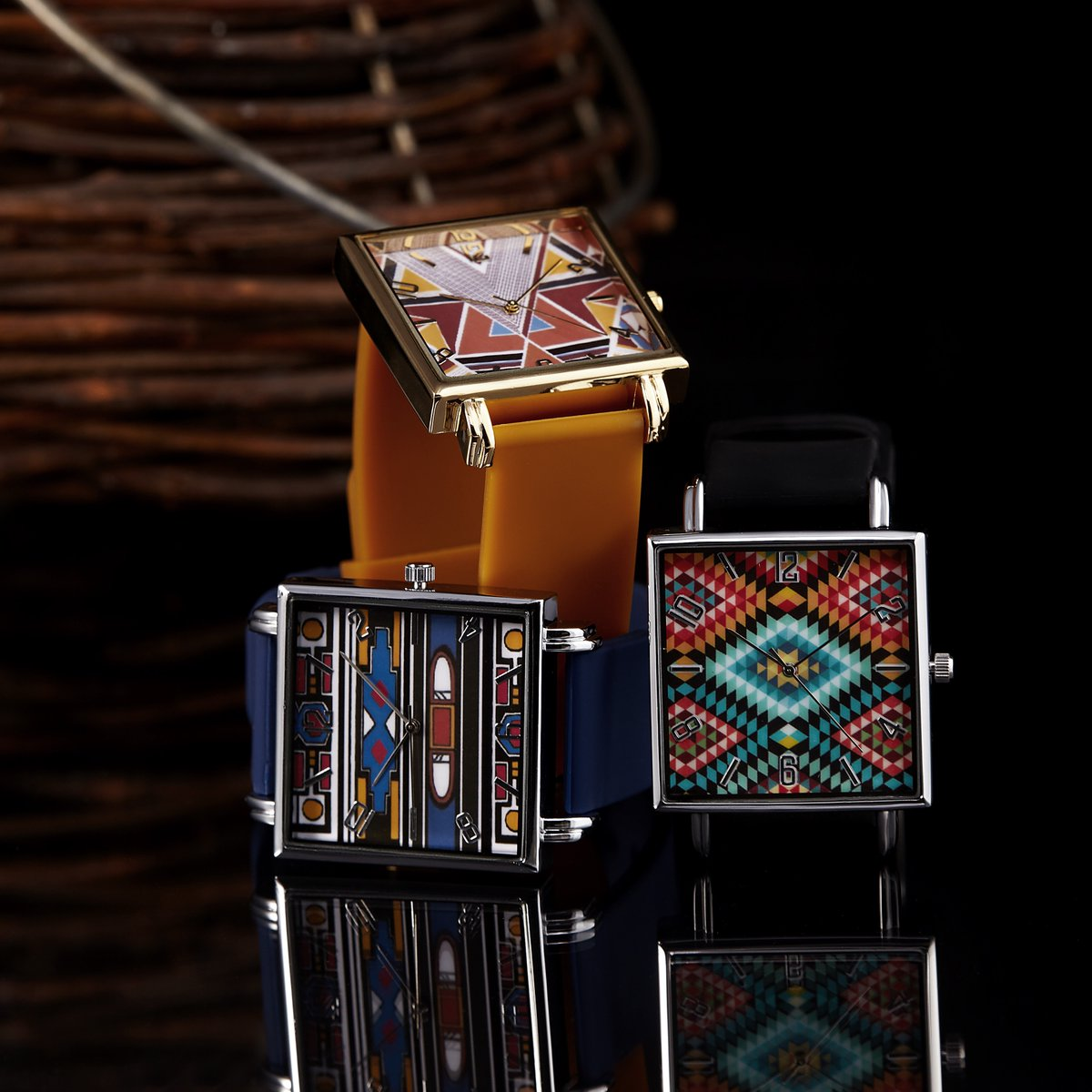 Celebrating Heritage month with @erabydjzinhle in these gorgeous Nguni print inspired watches.   Shop at https://t.co/kZENTX5P8M https://t.co/DMPyegAPhf