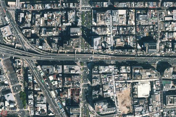 【事故多発】「危ない交差点」全国ワースト10を発表 半数以上が大阪市昨年、人身事故の多かった交差点のワースト10を発表。1位は難波交差点(大阪市中央区)で、23件だった。