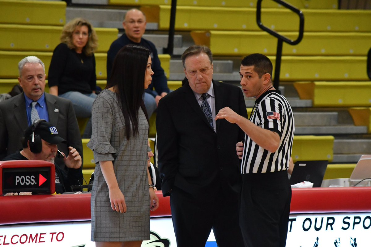 """.@USciencesWBB Head Coach Jackie Hartzell and Jefferson Head Coach Tom Shirley will be spotlighted in an upcoming """"CACC Duos"""" feature to debut on the @CACC01 Network this fall #DevilsPride https://t.co/E5rA4OwI2s https://t.co/dkvQJB9YSE"""