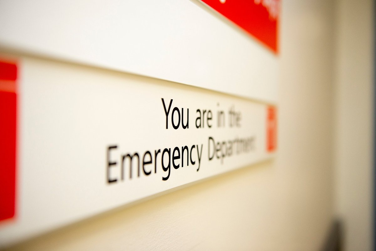 Please do not attend our Emergency Departments to request a COVID-19 test.    You can find out how to book a test at at a testing centre in our news story - https://t.co/I7l8eq1wL5  You should only book a test if you have symptoms of COVID-19.  #OxonStayWell #StopTheSpread https://t.co/Z2TBKgmPTF