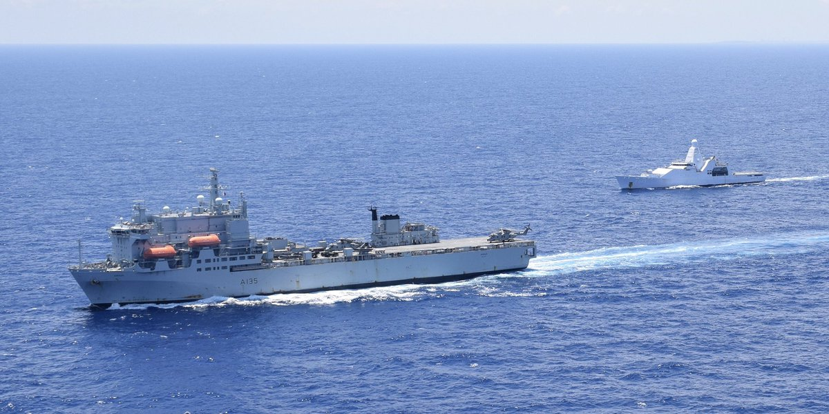 Continuing our combined ops with @RFAArgus somewhere in the Caribbean. We look rather small...
