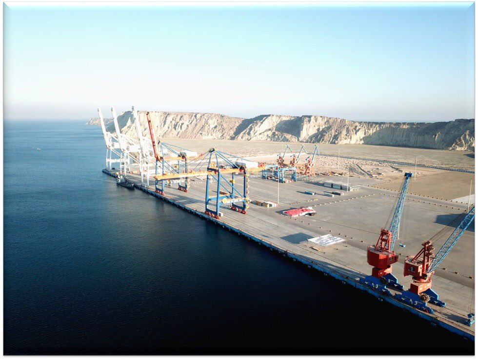 As #Gwadar City & Port is coming up fast, an unprecedented level of seriousness by the Govts in Isd&Quetta,for uplifting South Balochistan. It will transform the region,bring prosperity for the locals & address all past shortcomings in multiple sectors. #cpec #CPECMakingProgress https://t.co/QLbkwjqFnk