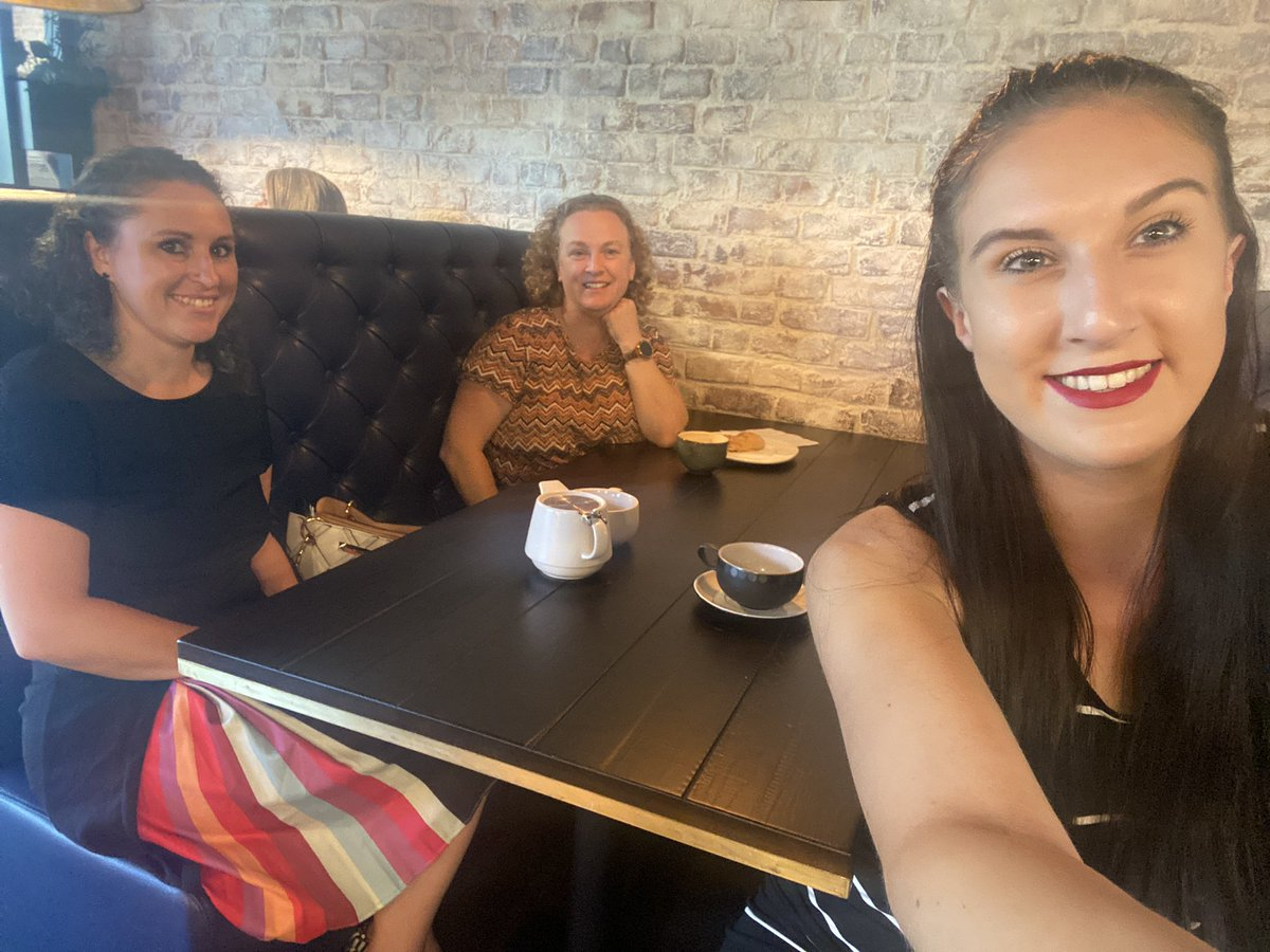 This morning we had a meeting with Charlie from @mksnap at @HomegroundMK - great coffee and catch up👏🏼   Was lovely to bump into Rachel at @ProfileRes, Steven at WAC Agency, @JaneHorridge and others😍 https://t.co/SvxOH8KuVD