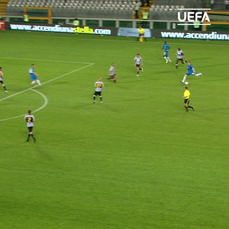 ⚽️⚽️⚽️  🗓️ #OnThisDay in 2010, Artjoms Rudņevs hit a hat-trick for Lech Poznań against Juventus 🎩  #UEL   #OTD   @LechPoznan https://t.co/gI9ZJYygkN