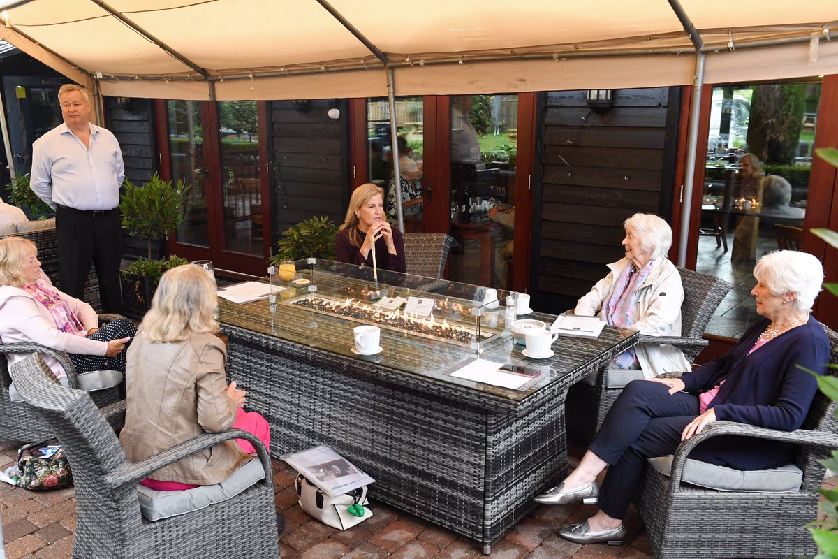 Over the summer, The Countess of Wessex caught up with members of the Bagshot @WomensInstitute who were holding a socially distanced meeting in a local pub, to see how they had got on during lockdown. #WIDay