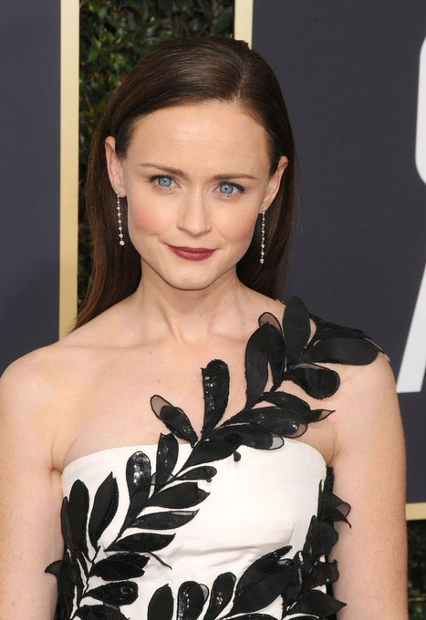 Happy birthday alexis bledel <3