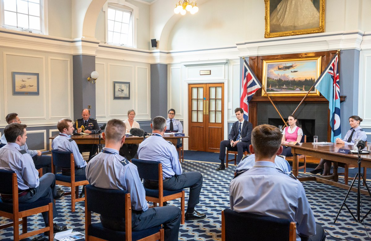 The @ChiefofAirStaff's Air & Space Power Debate closed a day of Defence activity on Battle of Britain Day. A distinguished panel debated a range of topics in the historic Old Dining Room in the Officers' Mess at @RAFNortholt. Watch here 👉 youtu.be/QqC0Gt0obYw #NextGenRAF