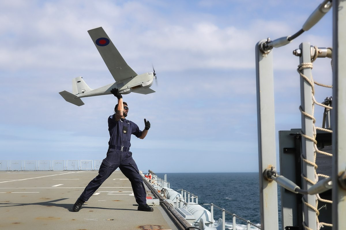 We have successfully launched a fixed wing aircraft from our flight deck. Throughout #LRGX we are working with @RNASCuldrose 700x squadron to develop innovative methods of using UAVs in the maritime domain. @ComdLittoralSG #globalnavy #RNInnovation