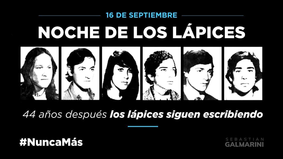Hace 44 años la última dictadura cívico militar secuestró, torturó y desapareció a estudiantes secundarios que reclamaban por el boleto estudiantil. Hoy, a 44 años, #LosLapicesSiguenEscriendo.  No los olvidamos #NuncaMas  #NocheDeLosLapices https://t.co/bAGRukWW0d