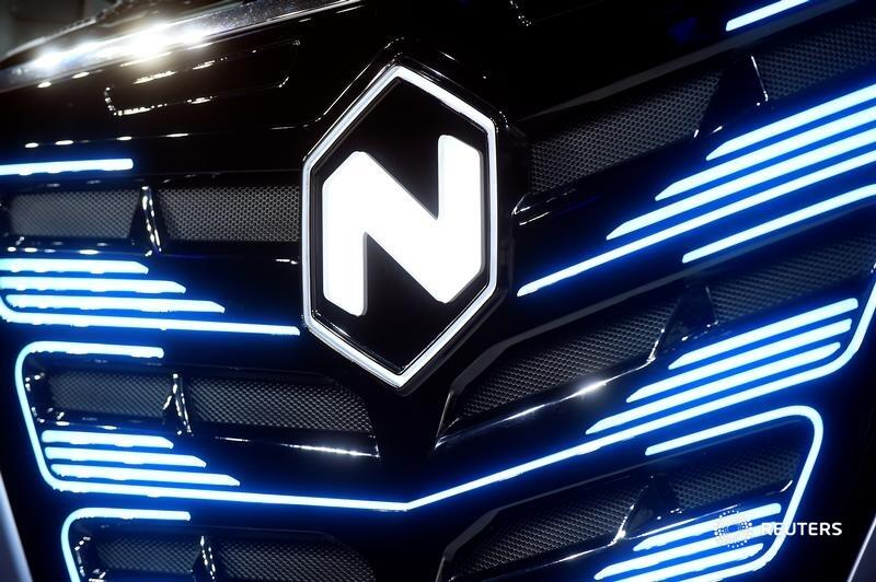 U.S. law enforcers are looking under Nikola's hood after a short seller accused its founder of fraud. The company's response has been ham-fisted, and in hindsight, its SPAC-mediated listing was premature, writes @AntonyMCurrie. https://t.co/66pEfixJqx https://t.co/gs0DB7OfgU