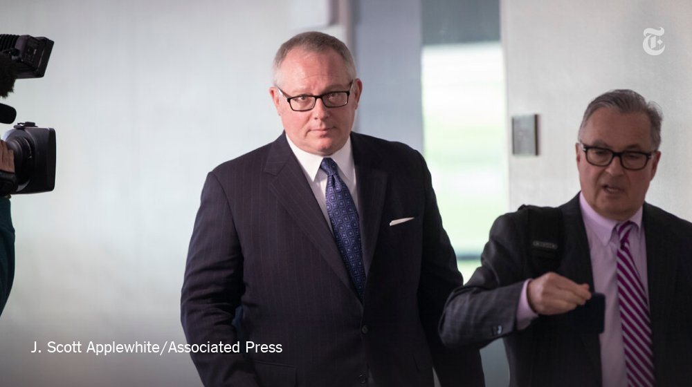 Breaking News: Michael Caputo, a top spokesman for the U.S. coronavirus response, is taking a leave of absence from the Department of Health and Human Services after his bizarre and inflammatory outburst on Facebook. https://t.co/DqOZ6hyMSW https://t.co/vtzgVZKjsT
