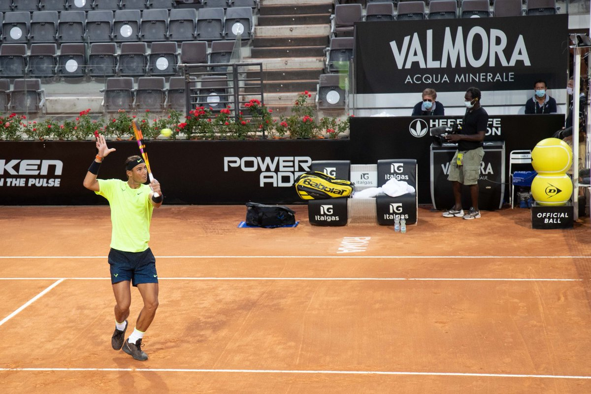 🔥VAMOS RAFA🔥  #Nadal defeats Carreno Busta 6-1 6-1  #IBI20 #tennis https://t.co/ki685dcGU8