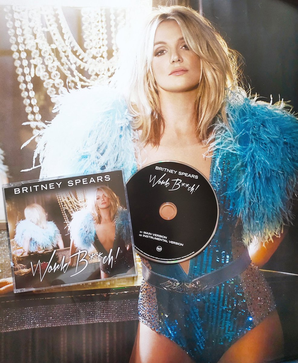 """7 Years Ago @britneyspears """"Work Bitch"""" single was released on September 17, 2013.  The song debuted and peaked at #12 on the USBillboard Hot 100. Outside the US peaked within the Top 10 of the charts in 14 countries, including Canada, France, Germany & UK. #BritneySpears https://t.co/LGcnm8izRU"""