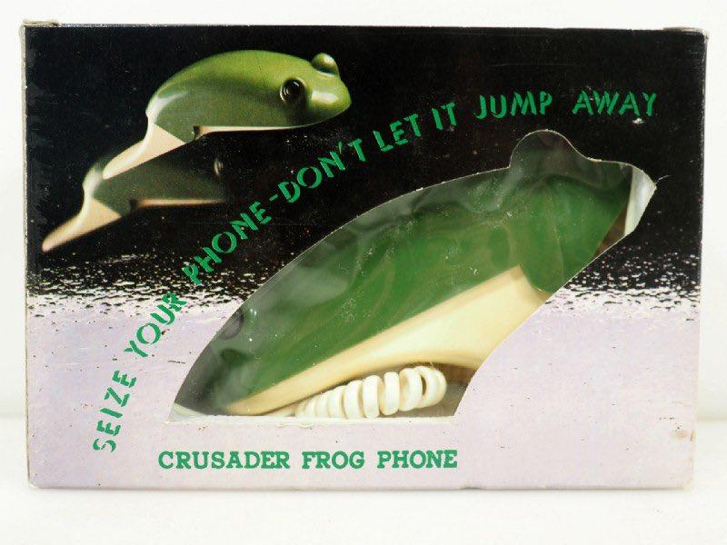 c-c-c-crusader frog flip phone... https://t.co/T5CDgutl25
