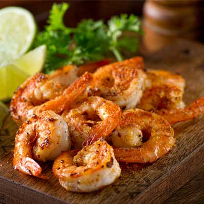 We still have a little summer left. Grilled Red shrimp is a great idea for a late summer barbecue!  #mediterraneanfood #shrimp #foodoftheday #yummm #grillmaster #seafoodlover #barbecuetime #bbqlovers #grillseason #summerbbq #foodieofinstagram #organicfoodshare #sweetmeat https://t.co/MB9QlTx3n2