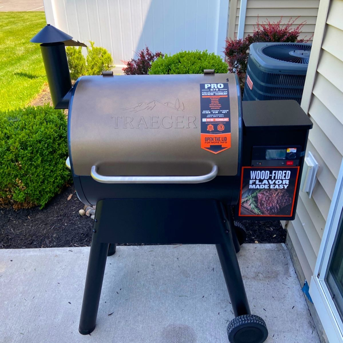 Just for the record...I am so proud to be part of the @TraegerGrills community! I recently had to reach out to them for some support with my new grill and their customer support has been beyond amazing! I truly believe everyone should own a #TraegerGrill - Trust me!! #LiveDreamBe https://t.co/0h8VjS9Ojs