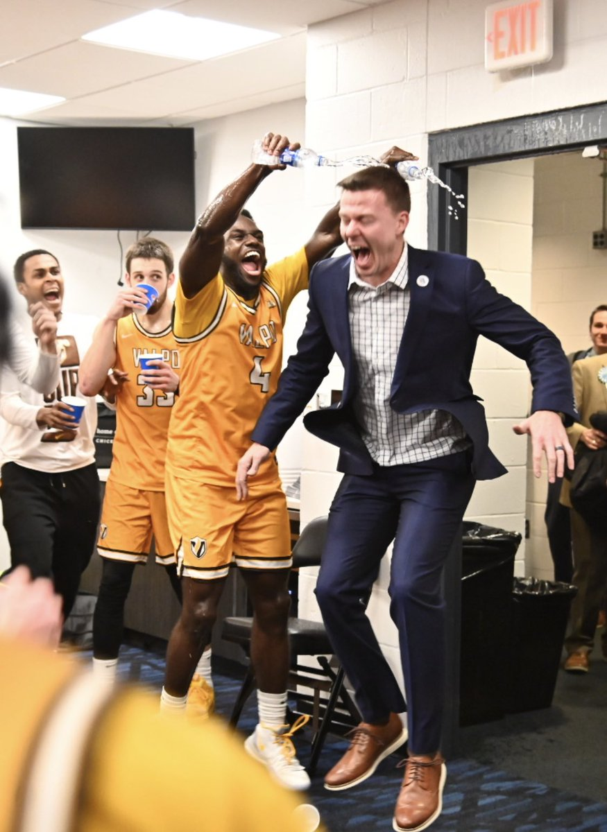 That feeling when you find out college basketball is coming back. #MVCHoops https://t.co/u9JRnPbpoa