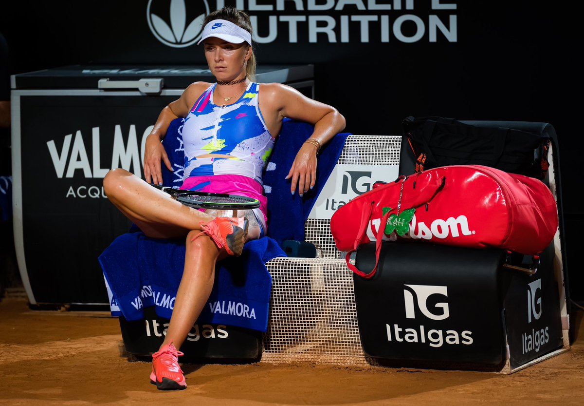 Late night shift 🤩 good to be back playing matches!  Very strange and little bit sad to be playing without fans (especially here in Rome, you guys are crazy good 👏🏼) 🥰💌 Io amo l'Italia! 🇮🇹 📸: @jimmie48tennis https://t.co/fBFNYvZzSk