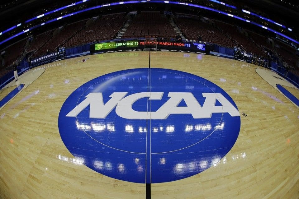 The NCAA has also extended the Division I recruiting dead period through at least January 1, 2021. Details ➡️ bit.ly/2GYEGdl